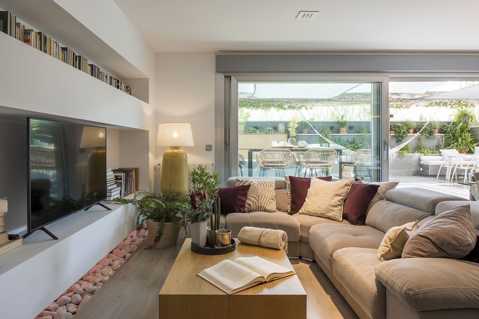 La Terraza De Esta Casa Familiar De Granada Es Un Sueno Hecho Realidad En 2020 Casas Familiares Casas Terrazas
