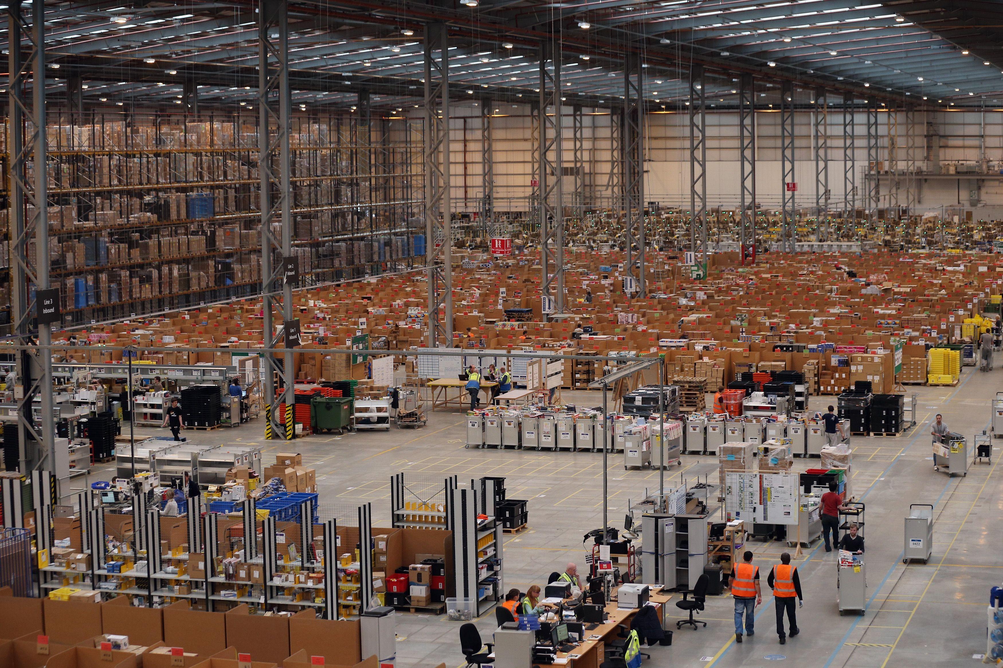 How Amazon Is Preparing For Cyber Monday S Shopping Blitz Photos