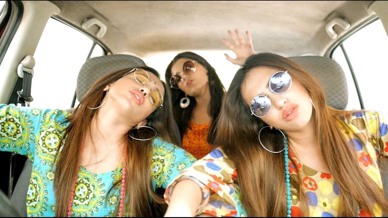 Punjabi beautiful girls amazing bhangra in car