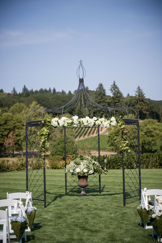 Gorgeous Day For A Wedding Ceremony Zenith Vineyard In M Oregon