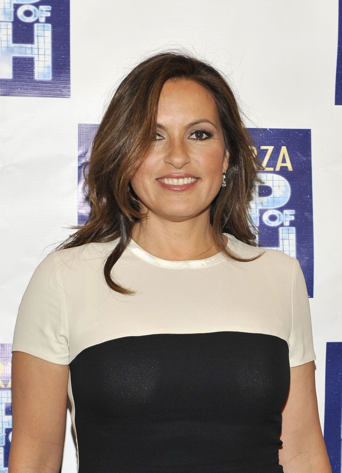 b>mariska</b> <b>hargitay</b> at leap of faith broadway opening