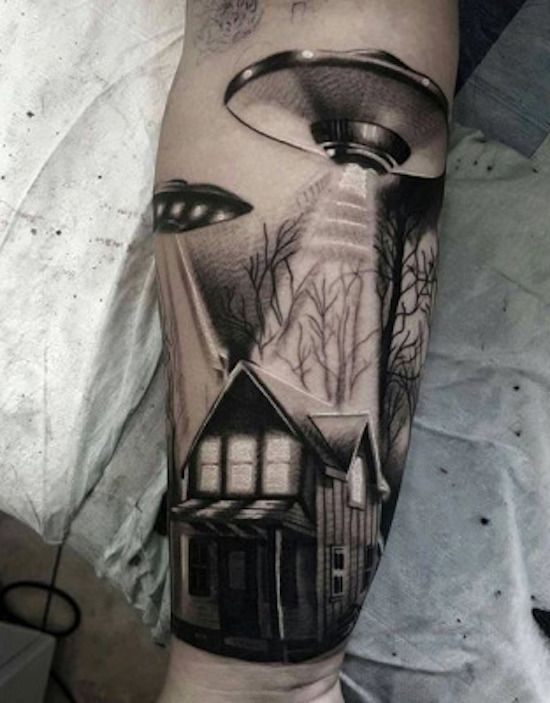 75 Space-Inspired Tattoos For People Who Are Fascinated By The Universe - Mpora