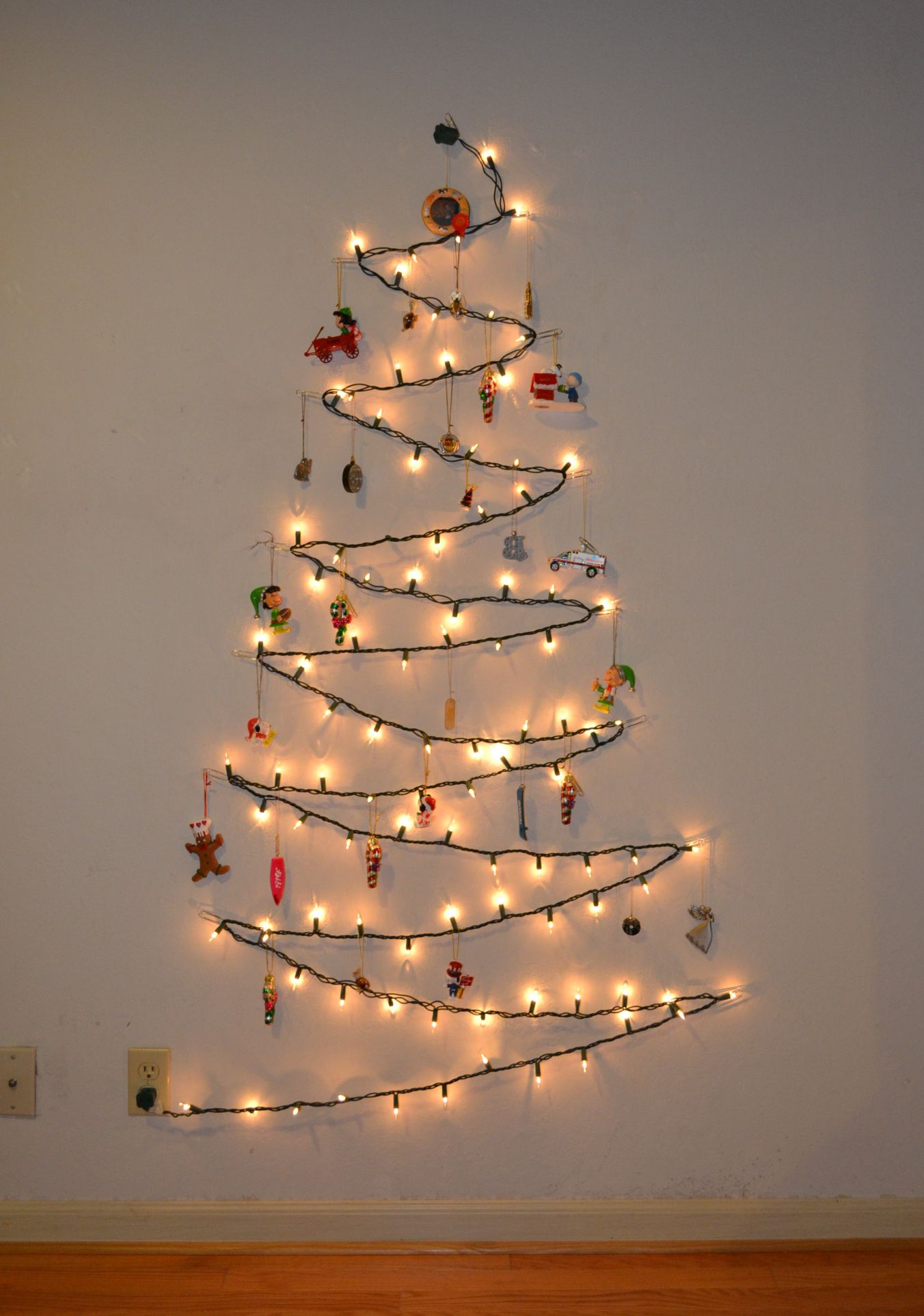 Minimalist Christmas Tree #Zerowaste #Christmas #Holiday #Gift #Decoration #Zerowastegifts #