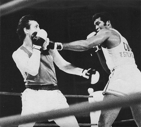 JR recuerda al gran boxeador Teófilo Stevenson cuando están a punto de cumplirse cuatro años de su muerte, el 11 de junio de 2012
