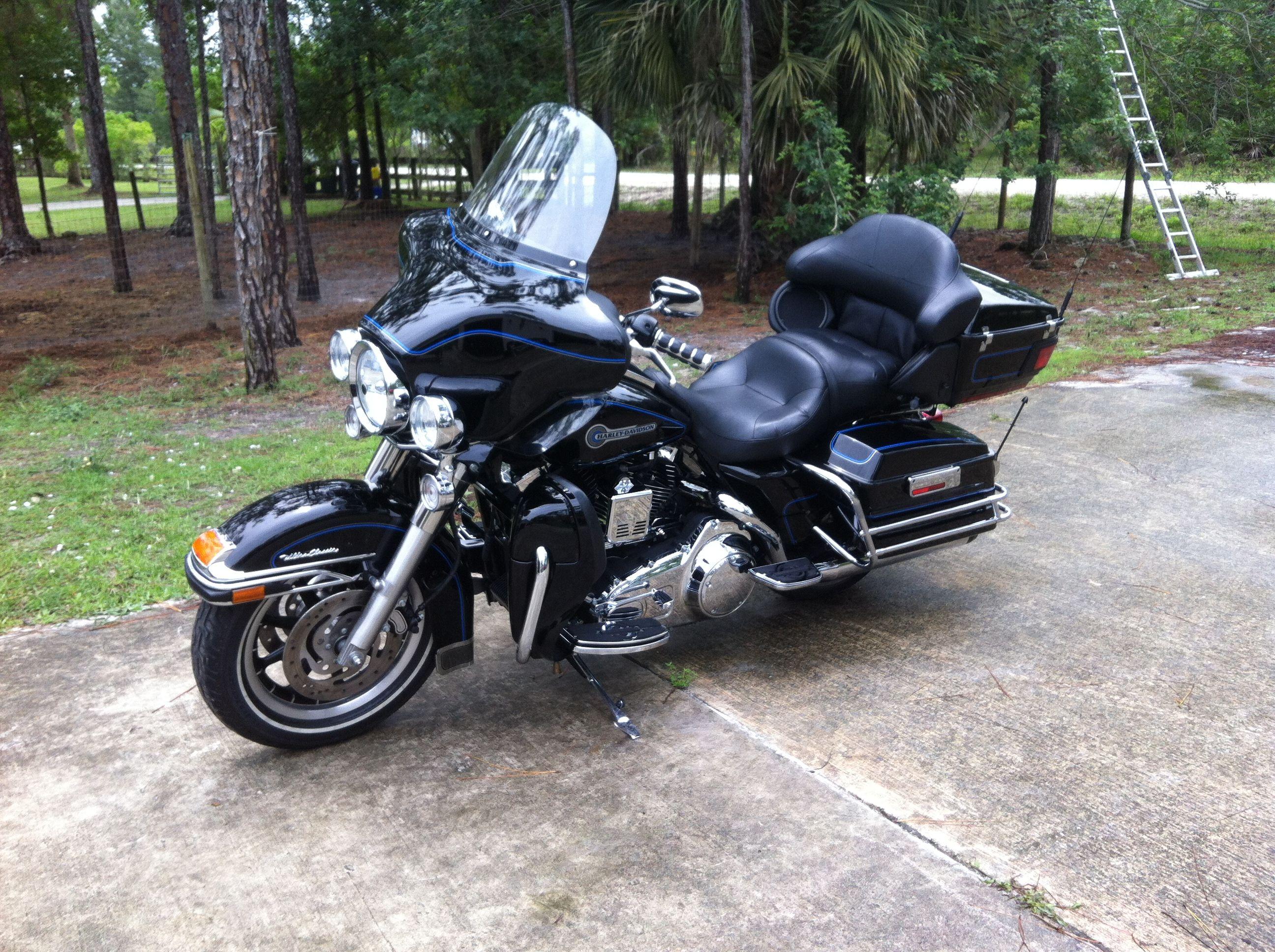 harley davidson full dresser motorcycles pinterest. Black Bedroom Furniture Sets. Home Design Ideas