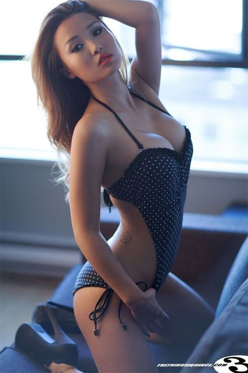 Asian girl nonnude