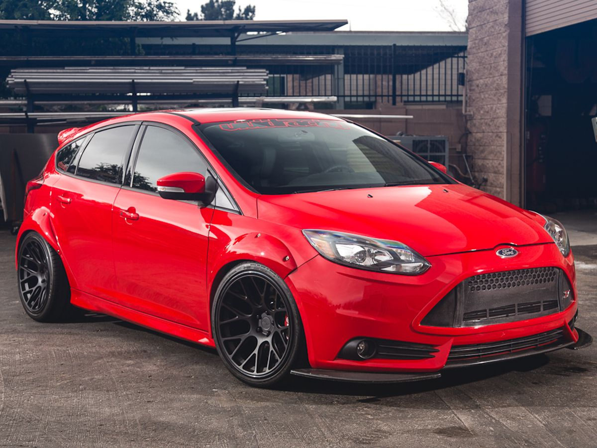 St Focus 2015 With Images Ford Focus St Ford Focus Hatchback