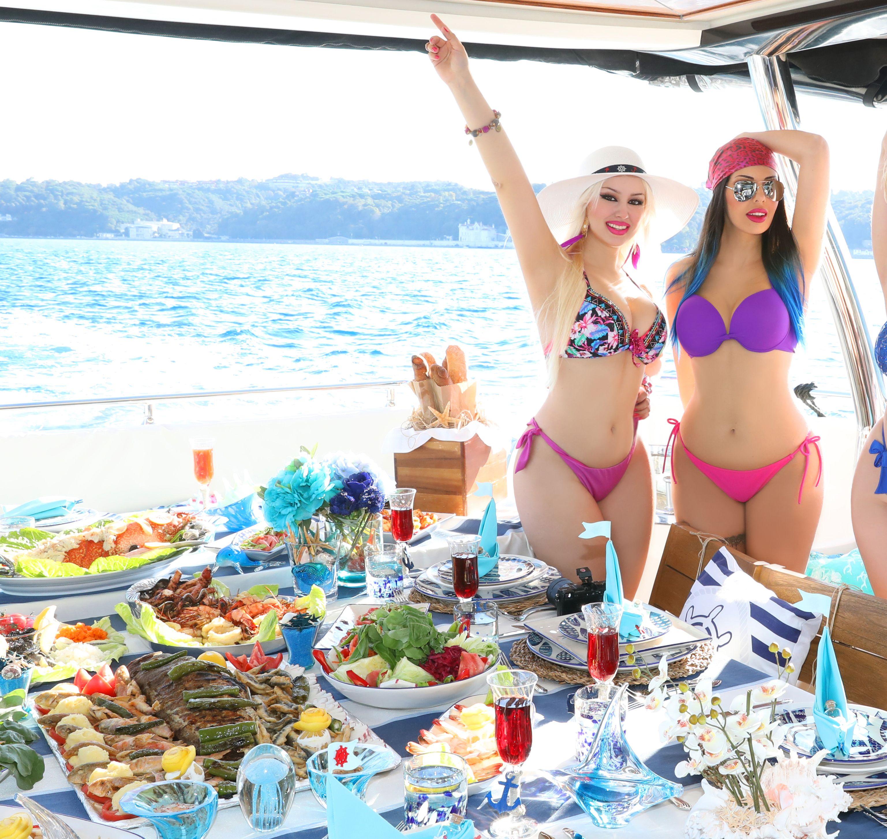 Bikini party swim
