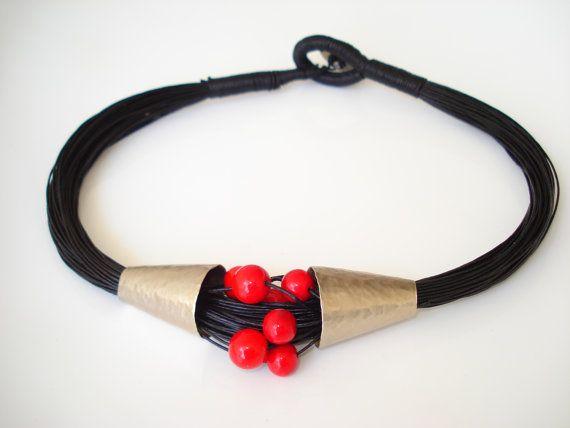 Collier de perle en allemand
