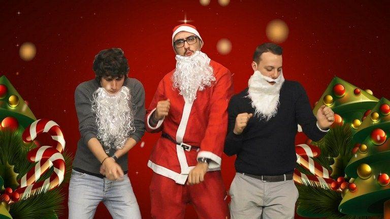gli auguri di conte moratti e gli altri personaggi di alessandro iraci michele negroni contevideou2 - Christmas Baby Please Come Home U2