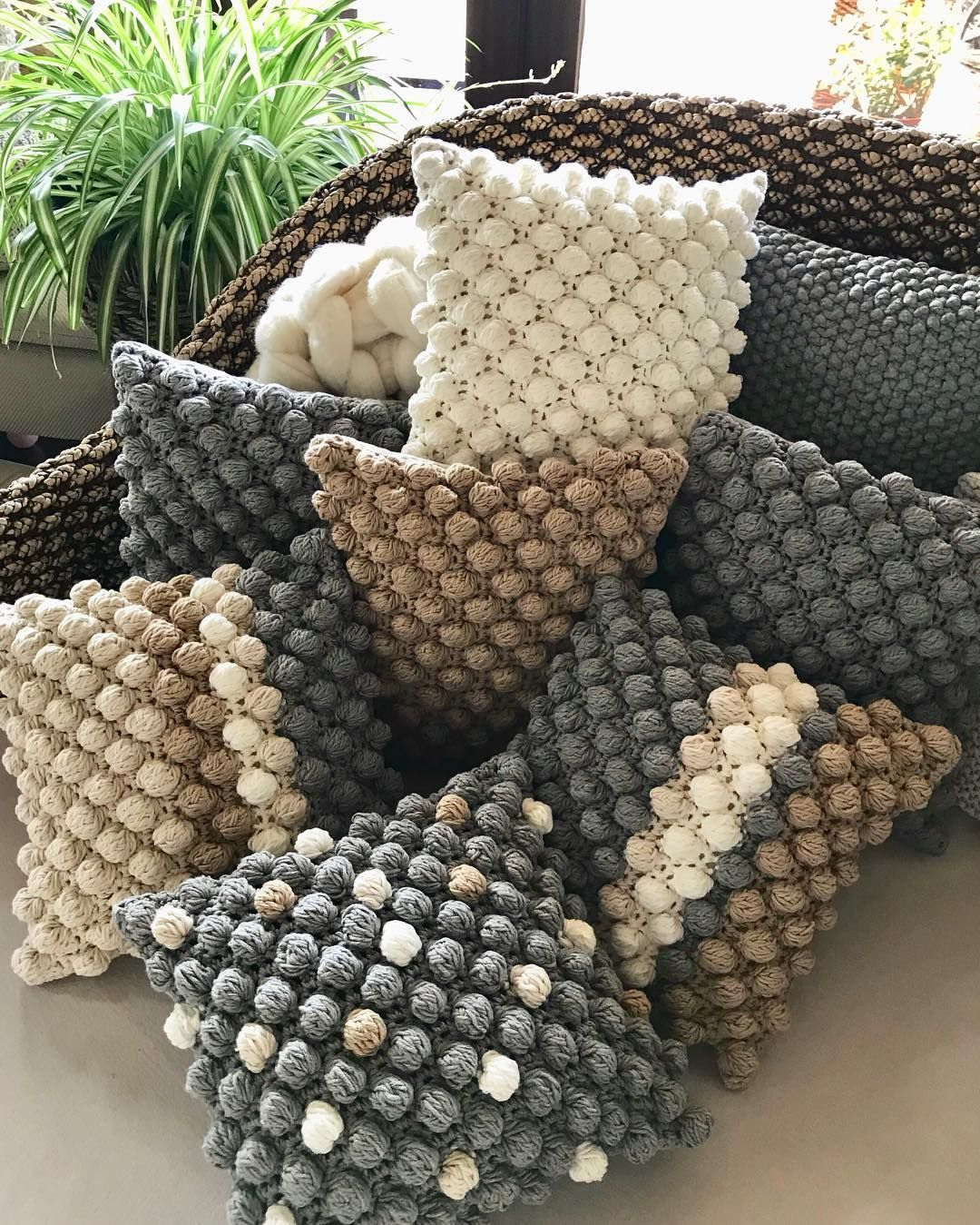 "Individual Home Decor on Instagram: ""Bubble pillow ❤️❤️😘#crochet #pillows #pillow #beige #natur #nature #natural #grey #gray #striped  #polkadot #insta #instacrochet…"""