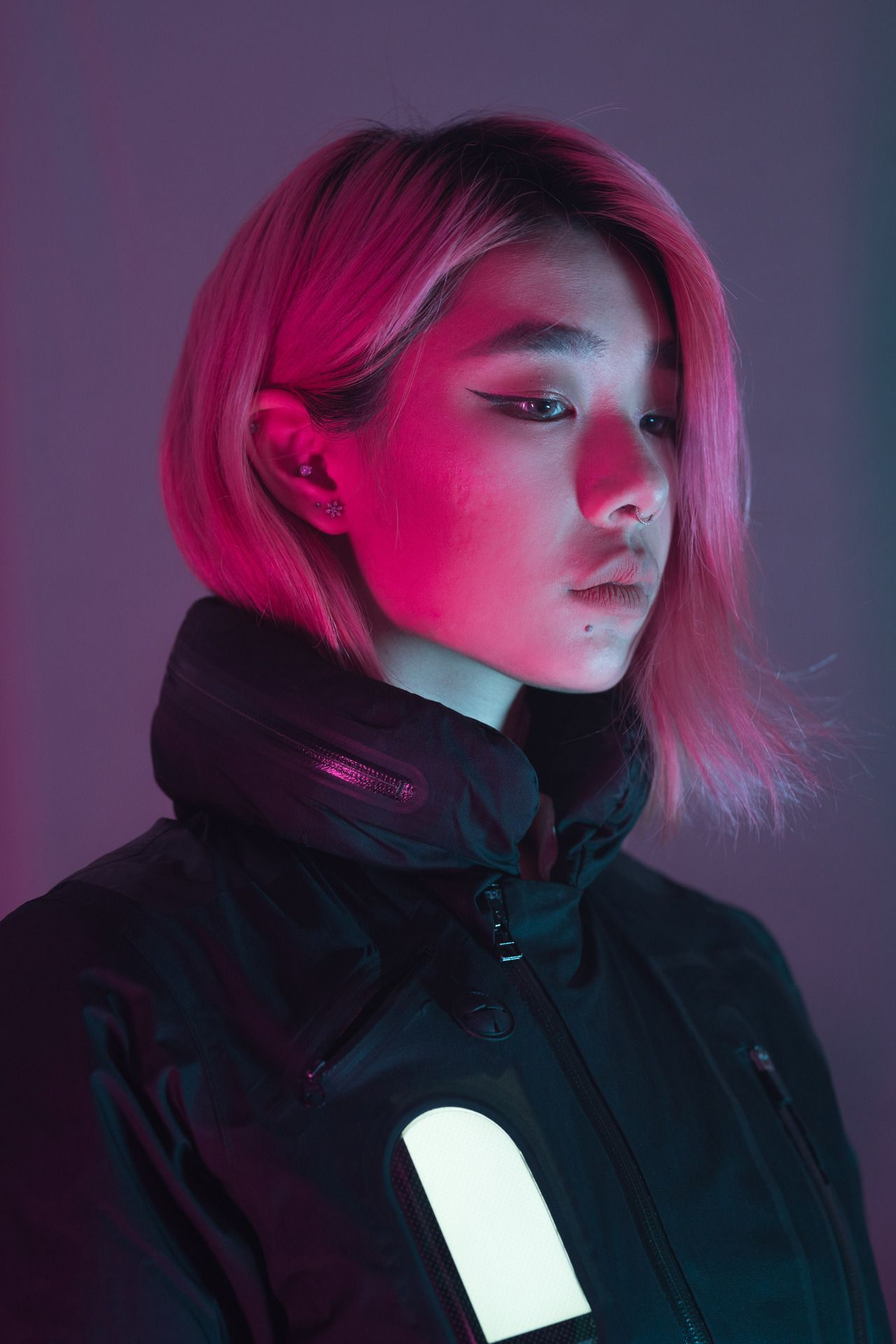 Jennifer Bin Photo In 2020 Neon Photography Portrait Art Reference Photos