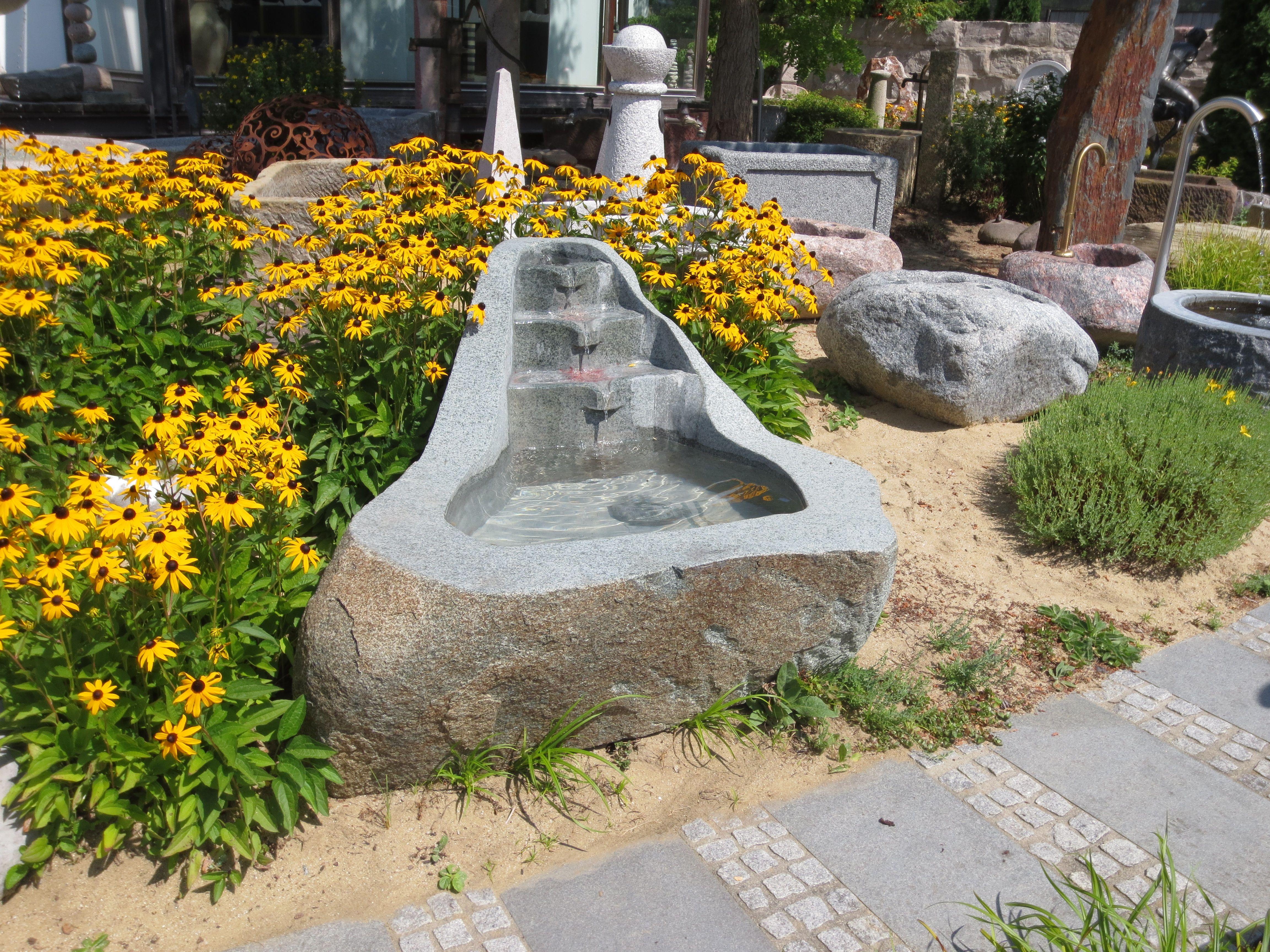 Steinbrunnen Aus Granit Brunnencenter Allgau Steinbrunnen Gartenbrunnen Natursteine