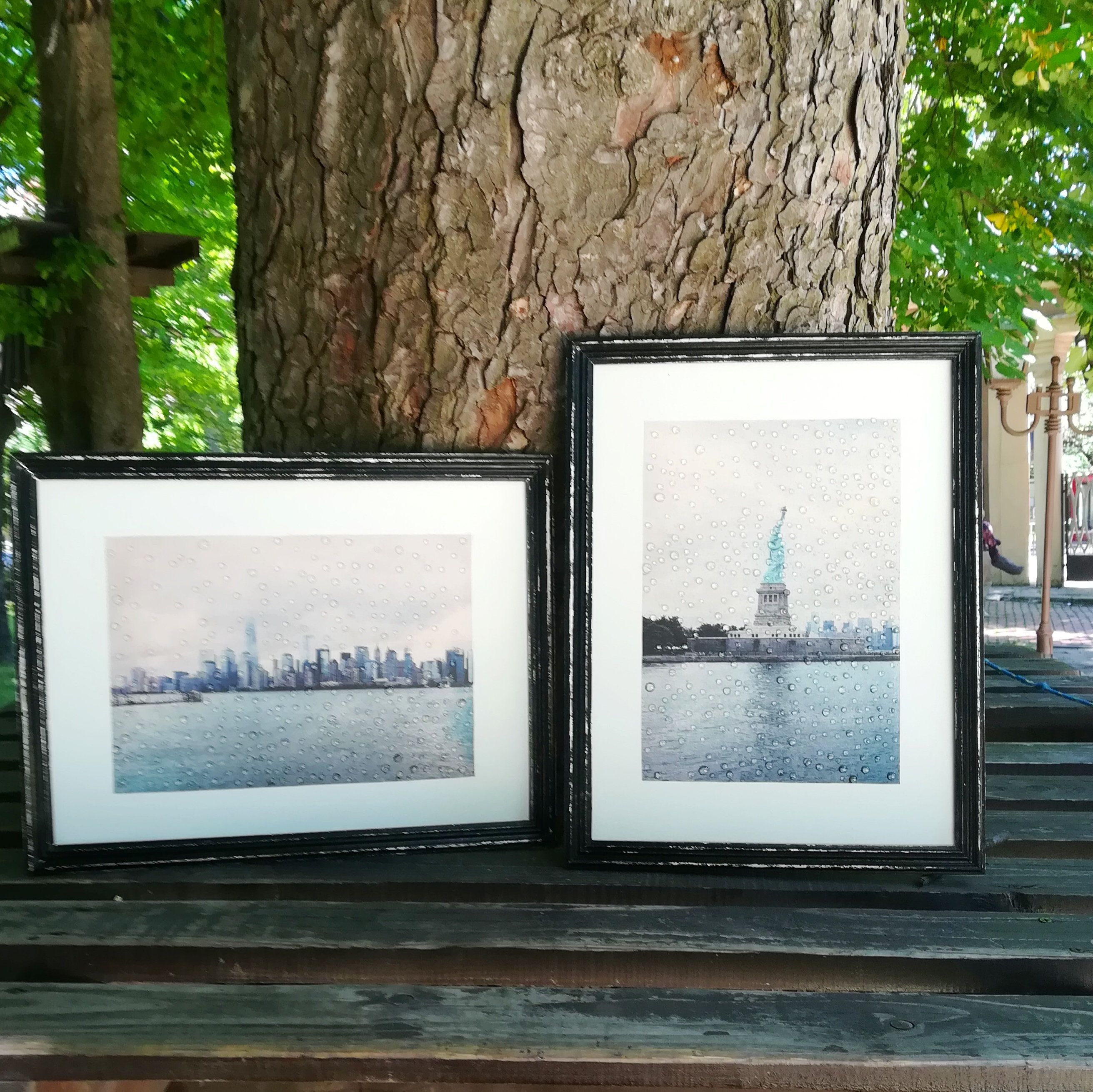 Gray blue set of new york prints in wood framed wall art picture