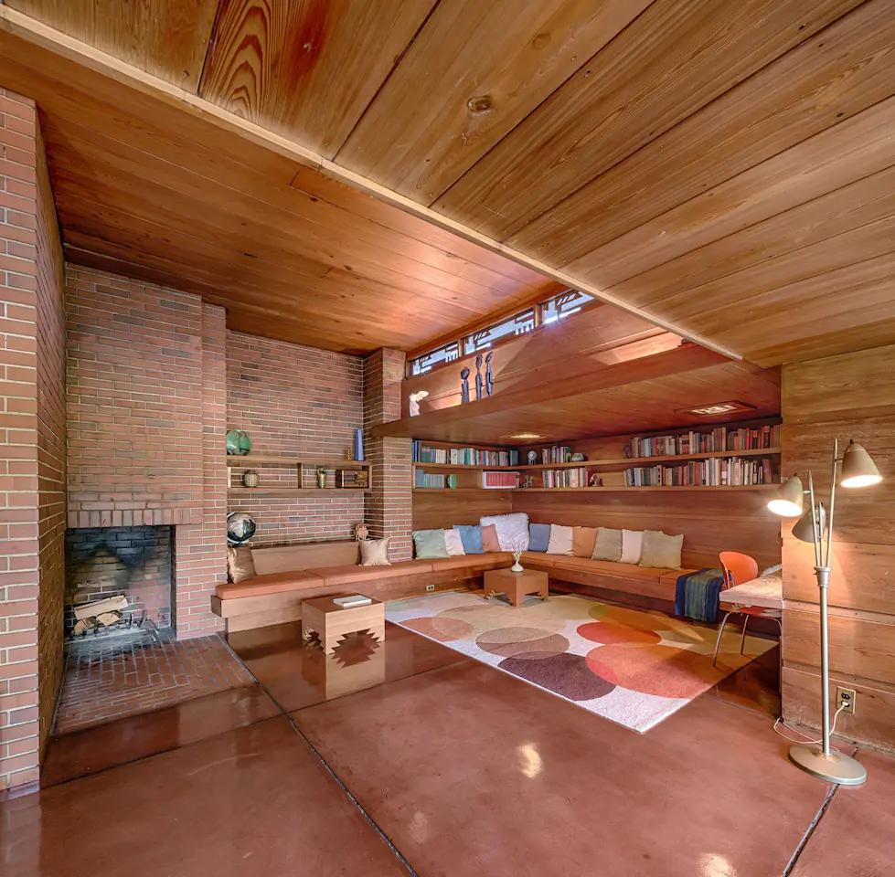 Still Bend Fabulous Frank Lloyd Wright House In Wisconsin