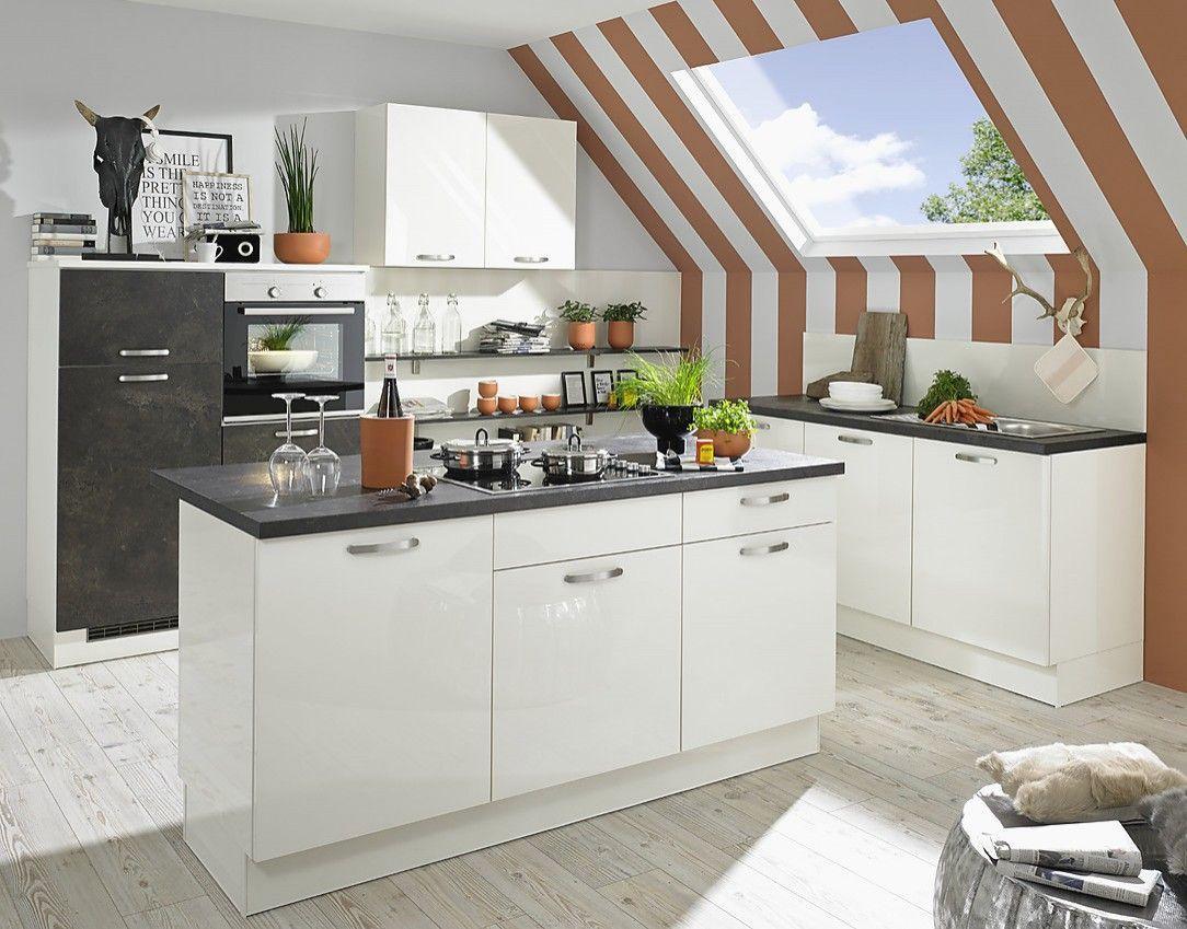 Mehr 18 Erstaunlich Kleine Küche Mit Dachschräge