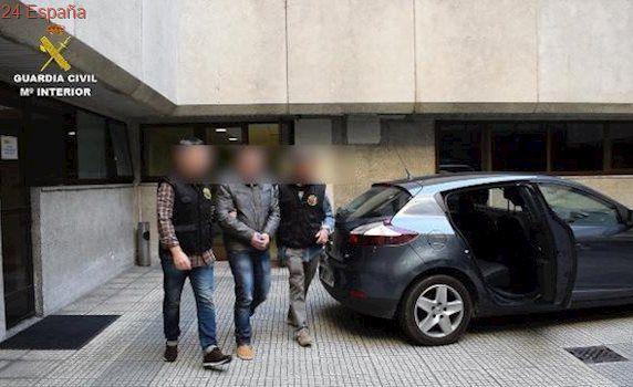 Prisión sin fianza para el acusado de degollar a un hombre en Fisterra