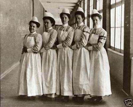 50 Vintage Photos of Nurses Being Awesome   Vintage nurse