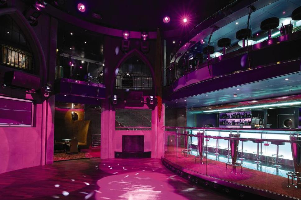 Tanzfläche | Tower Night Club Und Palazzo Night Club Uber 2 Etagen Mit