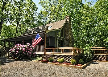 Taylor Made Deep Creek Vacations Paradise At Penn Cove Vacation Property Vacation Deep Creek Lake