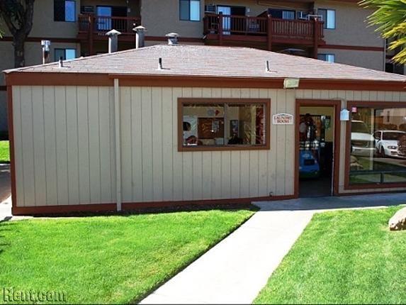 Stonewood Gardens Apartment   3889 Midway Drive, San Diego CA 92110    Rent.com