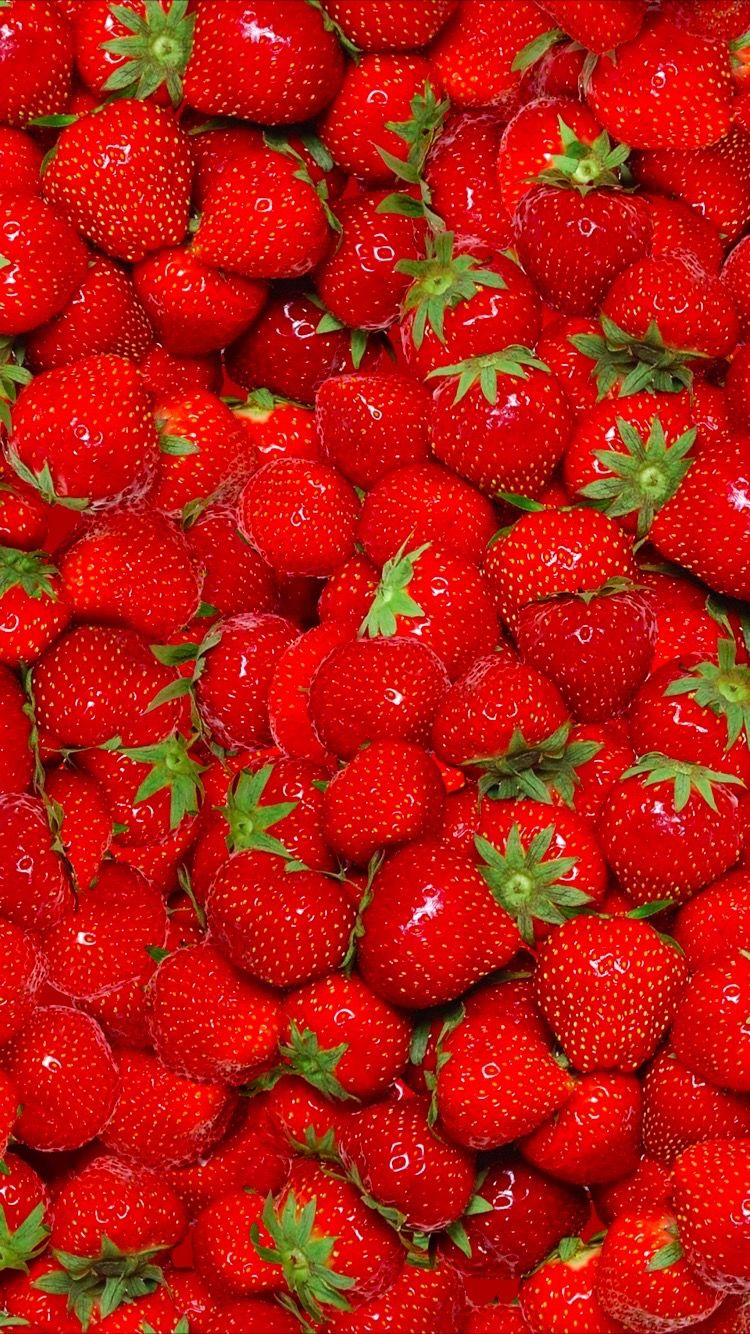 Do you like strawberry? Tap to get free app Everpix and