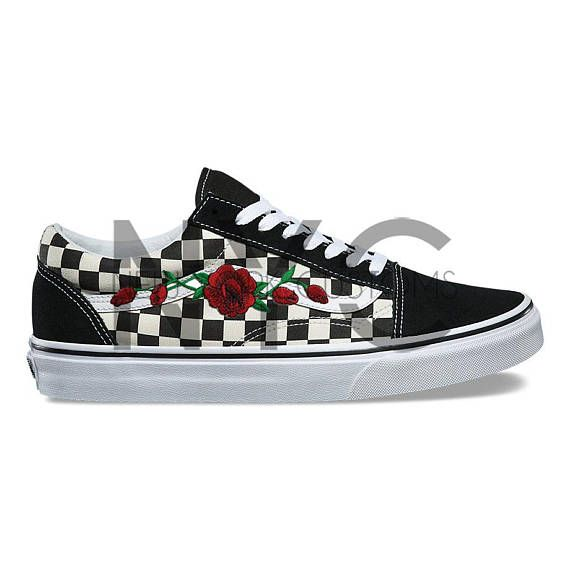 rose vine vans old skool black checkerboard floral custom. Black Bedroom Furniture Sets. Home Design Ideas