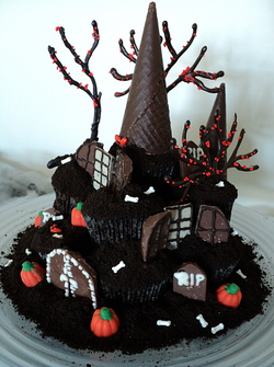 halloween tower house cake pictures photos and images for facebook tumblr pinterest - Easy To Make Halloween Cakes