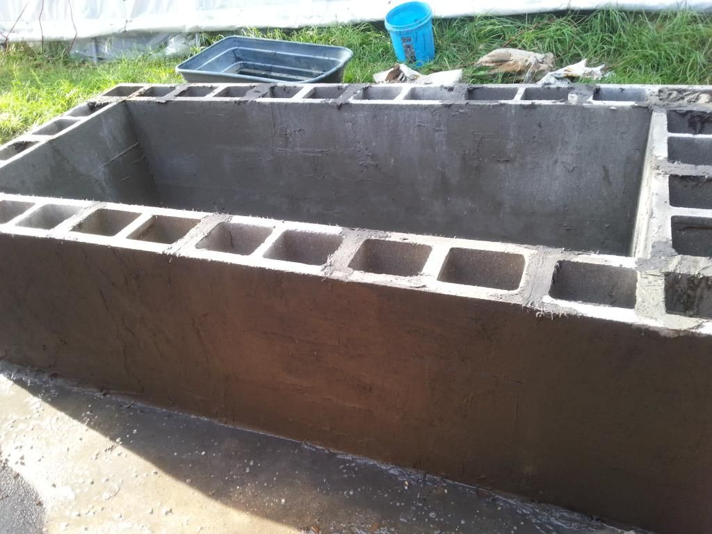 Cinder block pond build jaspie pinterest for Concrete koi pond design