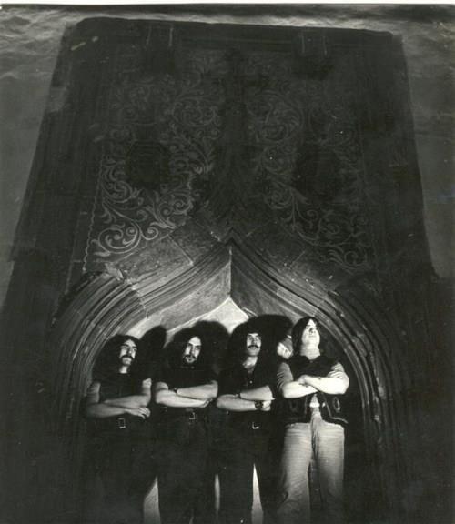 Kings of doom!