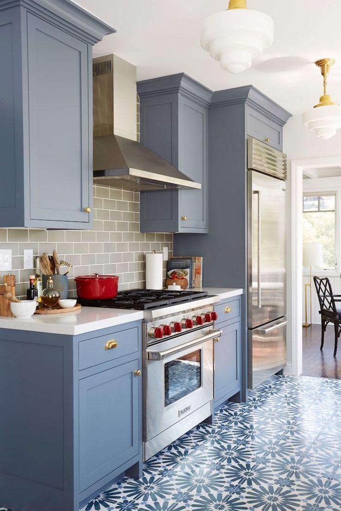 küchen ideen in blau schönes design der möbel und boden mit blumen