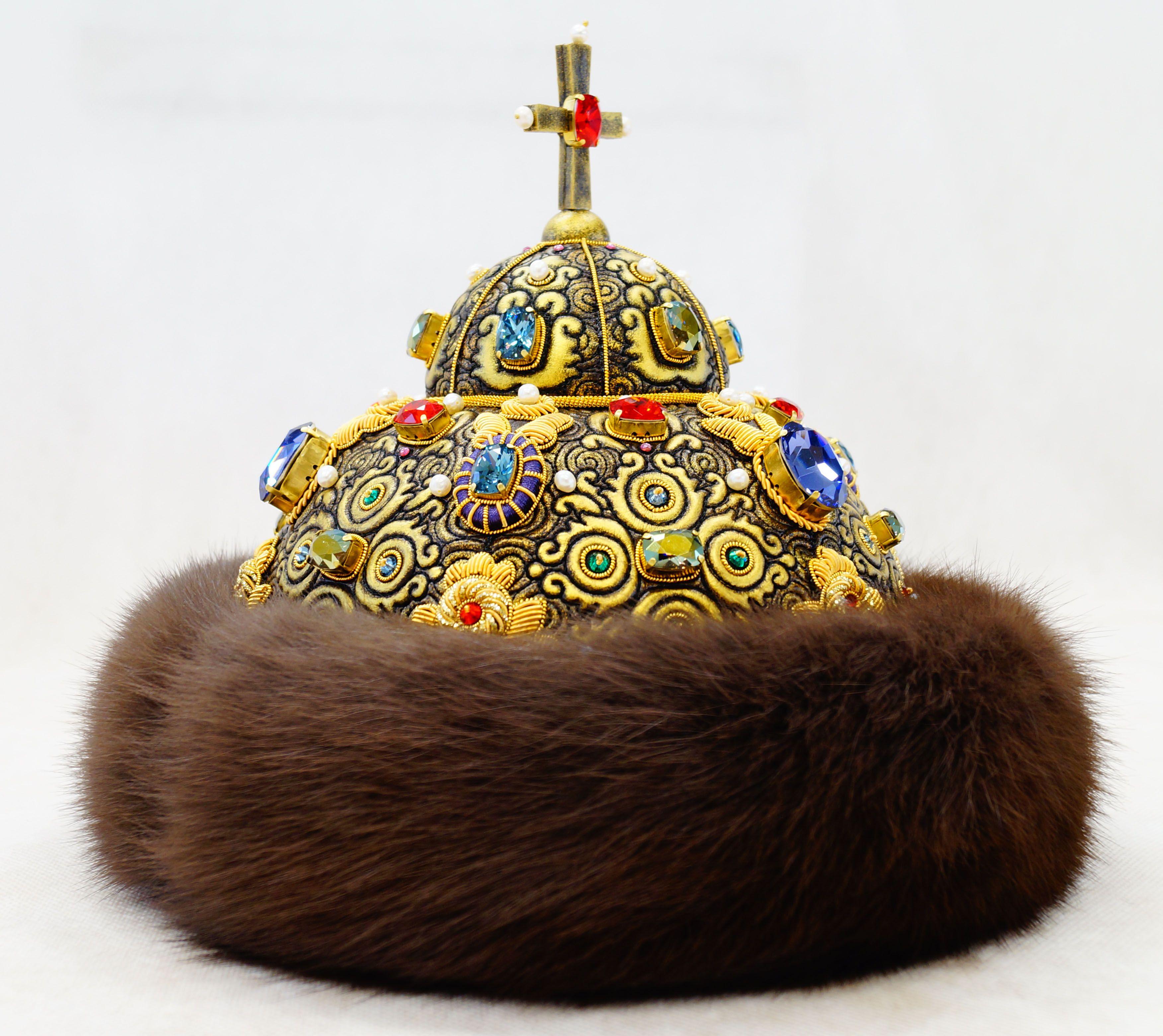картинки про шапку мономаха сегодня мало, так