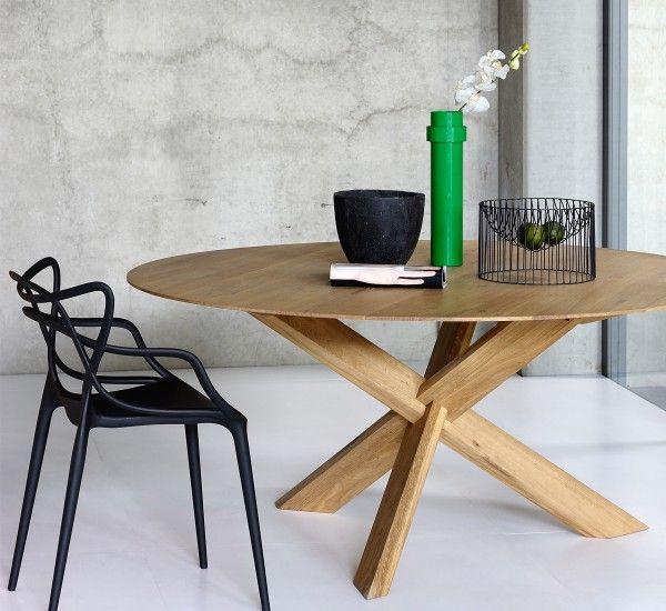 The Oak Table Circle Is An Original Production Of The Designer Alain Van Havre For The Belgian Brand Ethnicraft Runder Esstisch Esstisch Rund Holz Couchtisch