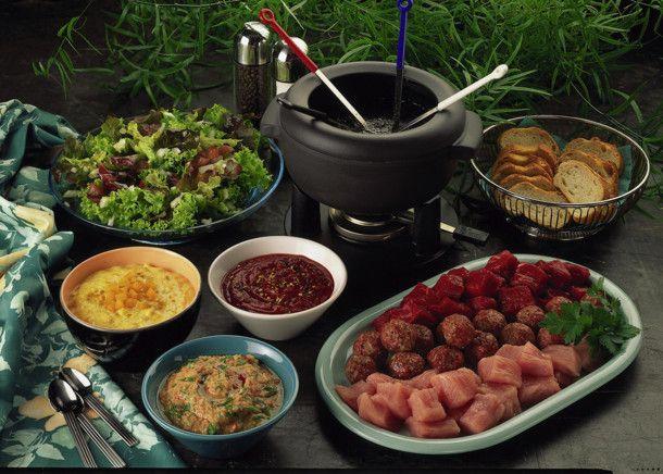 fleisch fondue rezept fleischfondue pinterest fondue fondue rezepte und fleisch. Black Bedroom Furniture Sets. Home Design Ideas