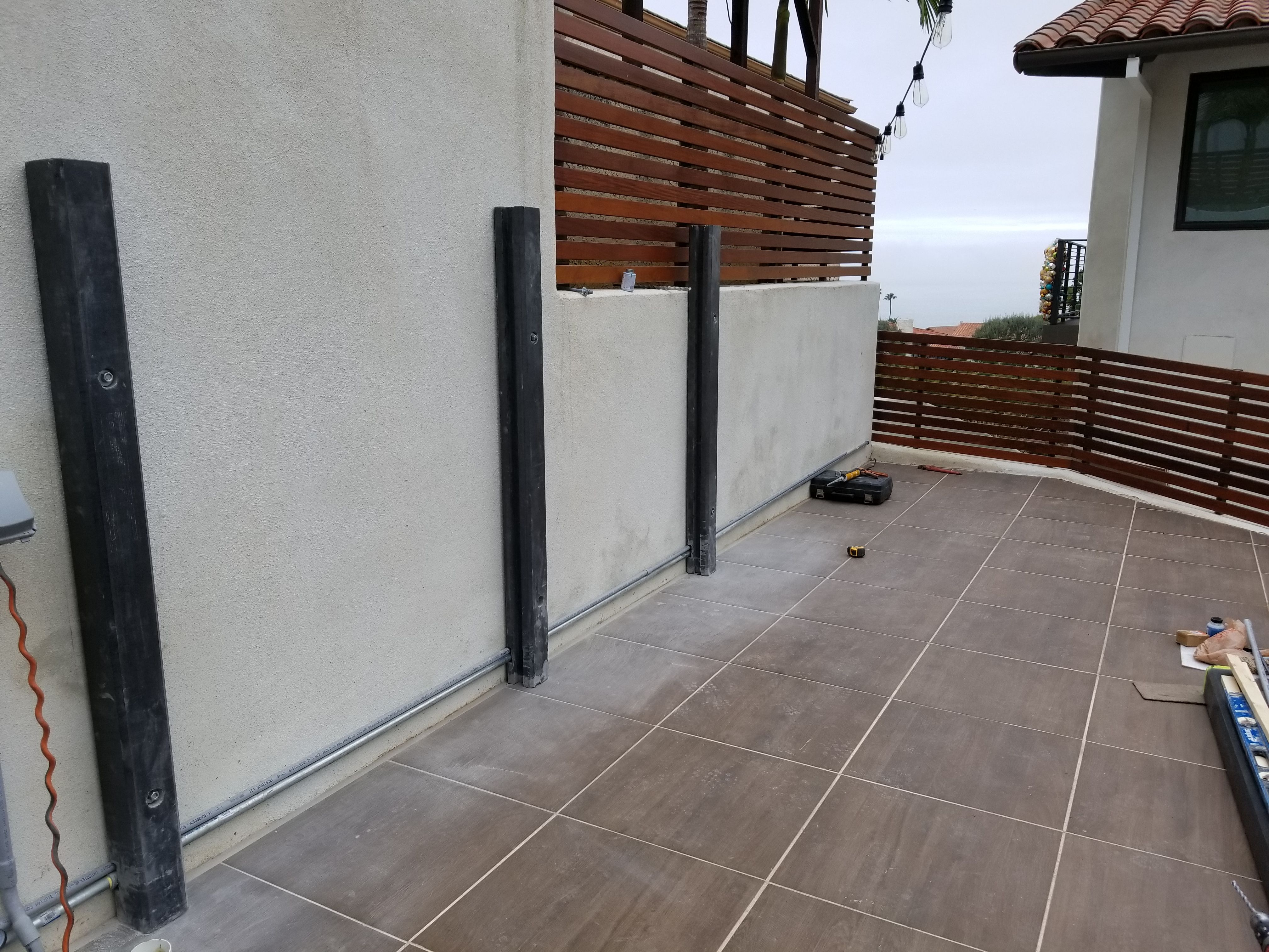 Wwoo California Palos Verdes Estates Installation Process First Step Run Gas Line And Electrical Co Outdoor Kitchen Concrete Outdoor Kitchen Fencing Gates