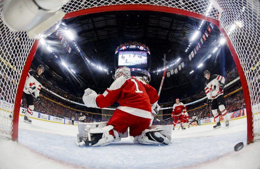 Canadian Juniors Top Denmark And Group Quarter Finals Next Team Canada Sport Hockey Denmark