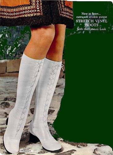 The 70s 1972 White Stretch Vinyl Boots How To Stretch Boots Gogo Boots 60s And 70s Fashion