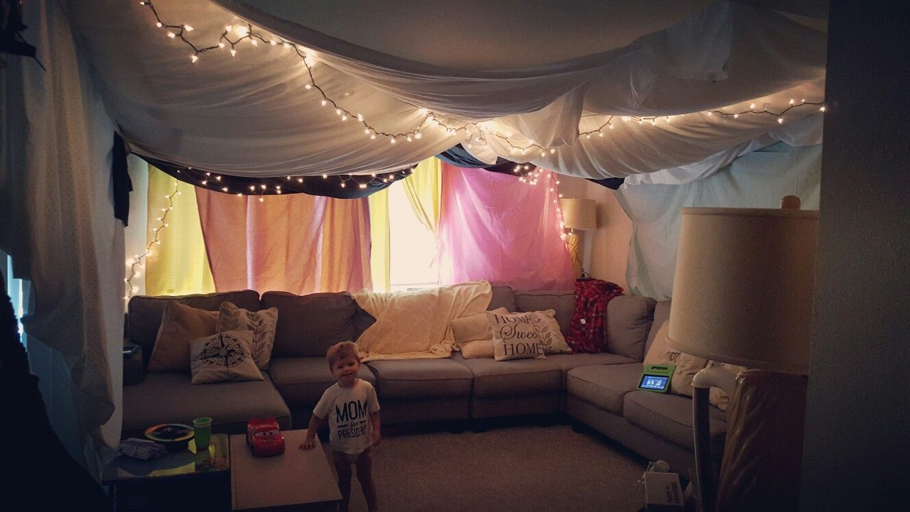 Indoor tent, sleepover, slumber party, living room tent