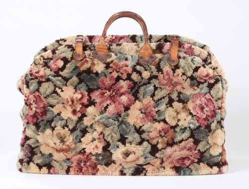 Now To Find A Carpet Bag Just Like Hers