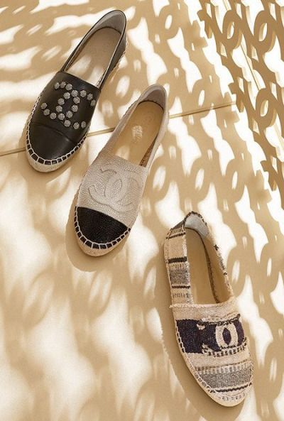 bergdorfprincess:  chanel espadrilles (available here, here, and here)i also loooove the mint ones