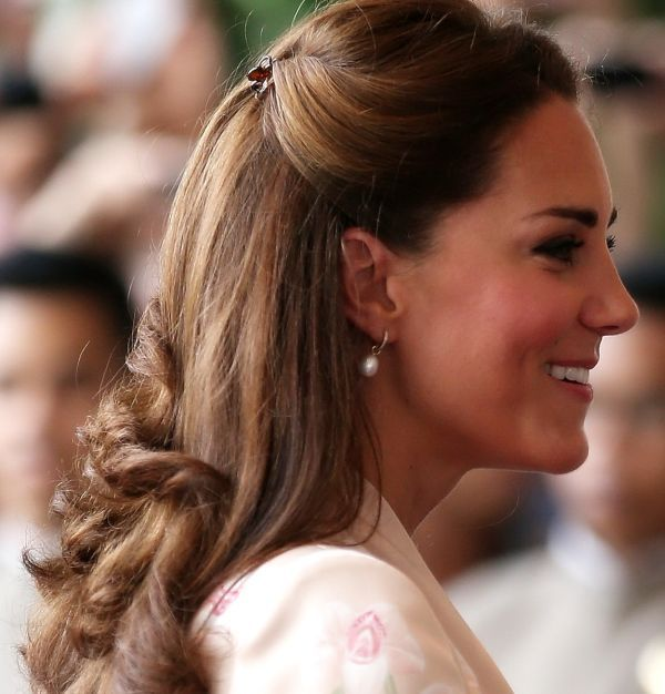 Kate Middleton Half Up Hairdo My Hair Pinterest Kate