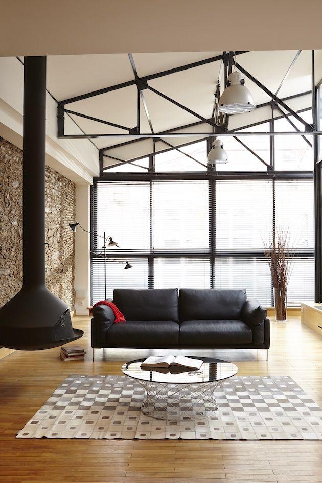 Le Burov DAlain Damais Décoration Industrielle Salon Canapés En - Canapé cuir noir design