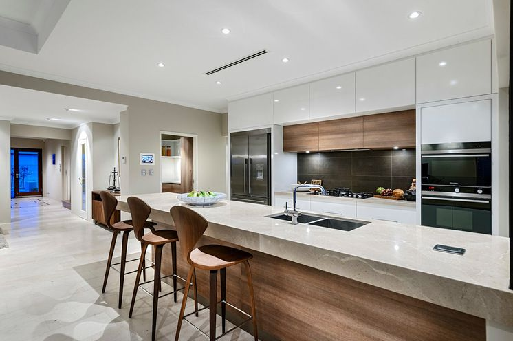 Contemporary Kitchen by Webb & Brown-Neaves via Houzz | Home ...