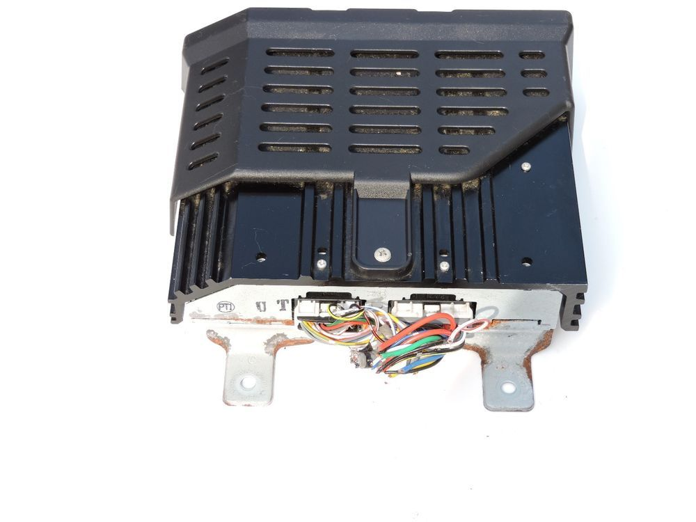 08 11 Mitsubishi Lancer Outlander Rockford Fosgate Amplifier