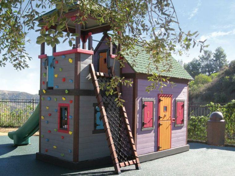 Cabane de jardin enfant en 50 projets à faire soi-même - faire construire sa maison par des artisans