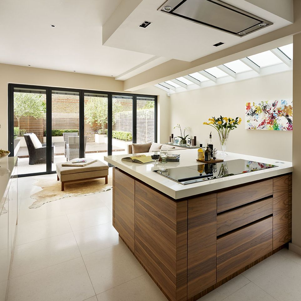 Kitchen Island With Sink And Hob: Induction Hob Installed On Island With Overhead Extractor In Roundhouse Bespoke Urbo Kitchen
