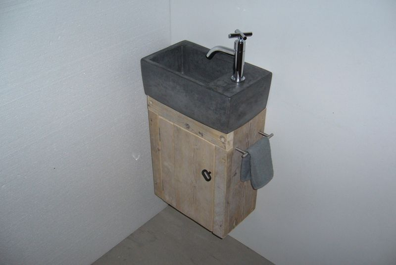 Toiletfontein met kastje toilet toilet dream