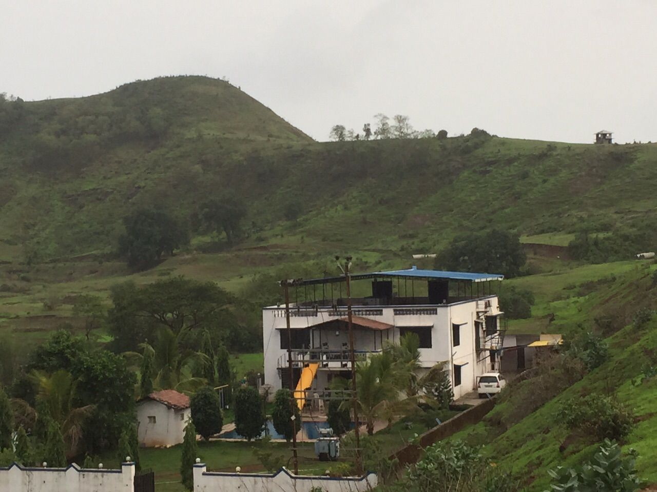 A beautiful cool nature around farmhouse in Karjat.