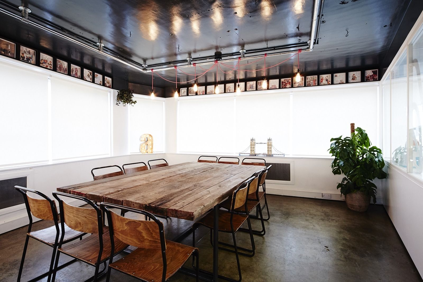A Look Inside Airbnb S New Offices In London Office Pinterest