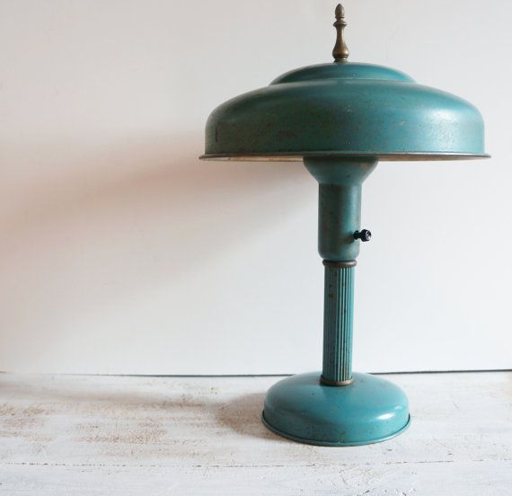 Vintage 1940s Atomic Age Metal Desk Table Lamp By Redhillhome 42 00 Metal Desk Lamps Industrial Metal Desk Vintage Lamps